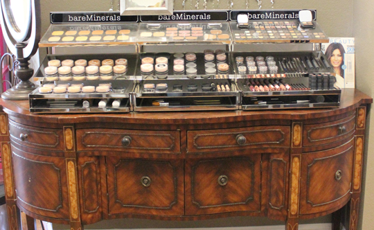 Makeup Bar specializing in Bare Minerals
